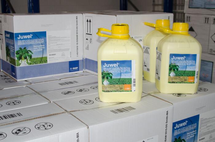 Kjemiske plantevernmidler brukes for å hindre og bekjempe skadegjørere på planter. Men disse midlene kan også være skadelige for helse og miljø.