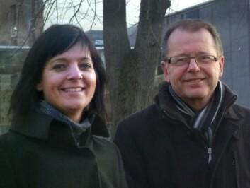 Elisabeth Brørs og Odd-Inge Strandheim ved Levanger videregående skole. (Foto: Idun Haugan)