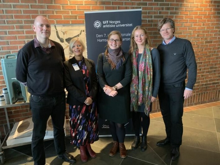 From the left: Henrik Johnsson, professor Bibi Jonsson from Lund university, Ingri Løkholm Ramberg, Linda Nesby and professor Ståle Dingstad from the University of Oslo at the Hamsun-conference in Oslo in 2019.
