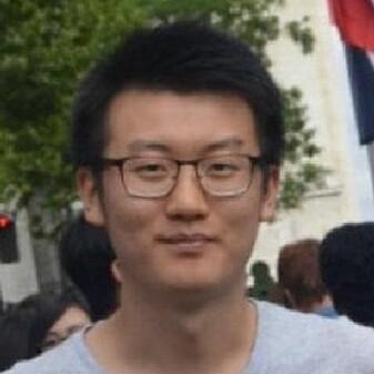 Doktorgradsstipendiat Mengyi Zhu ved Institutt for materialteknologi ved NTNU.