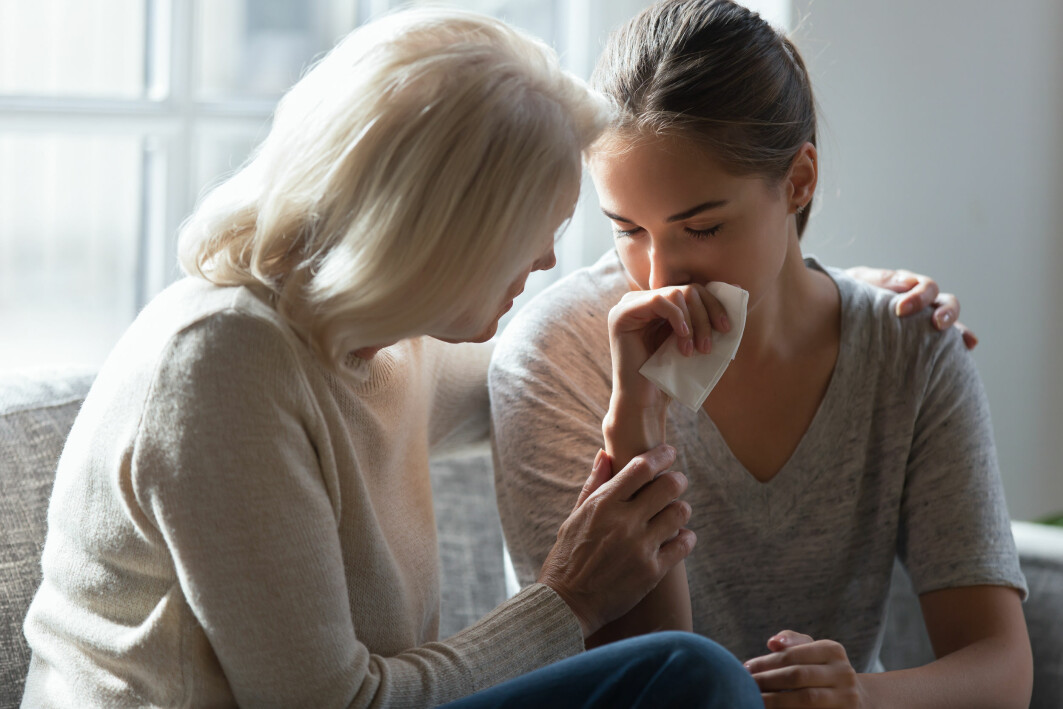 Til tross for at det er voksne syke, så er det fortsatt foreldrene som står for mye av oppfølgingen, viser studien.
