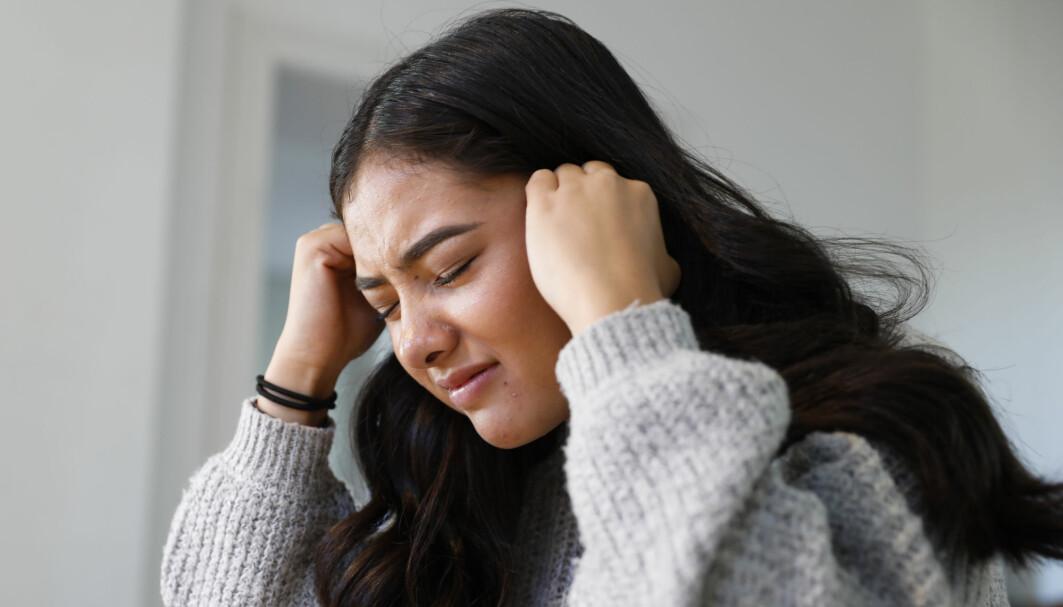 Påtrengende tanker, overdreven vaktsomhet og andre stressreaksjoner var vanligst blant unge voksne og kvinner.