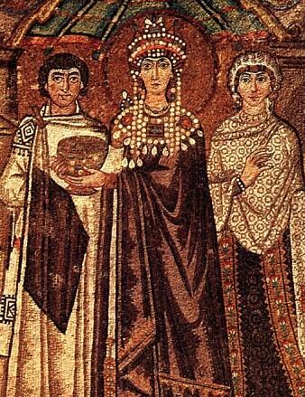 En framstilling av Theodora, gift med keiser Justitian, kledd i purpur. Click to add image caption