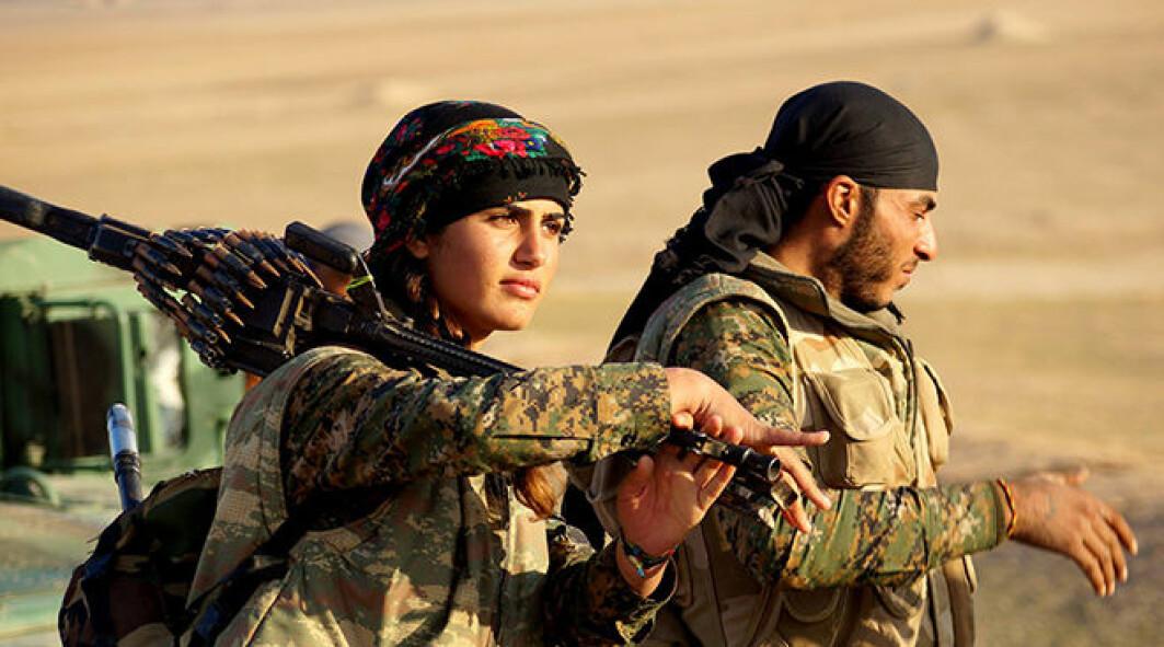 I det kurdiske prosjektet for frigjøring har kvinners likeverd vært et viktig element, og de har blitt integrert som soldater i YPG – Folkets forsvarsenheter, som kjemper mot IS i Syria.