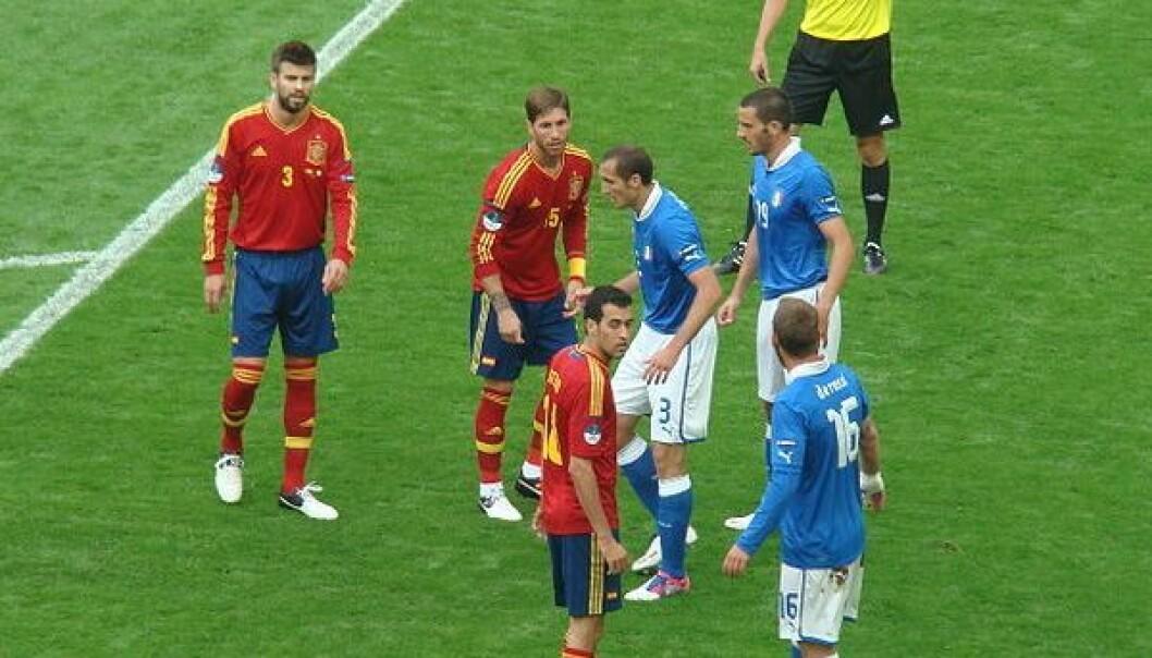 Spania gjør seg klar til hjørnespark mot Italia 10. juni. Kampen endte uavgjort. Arvedui89/Wikimedia Commons