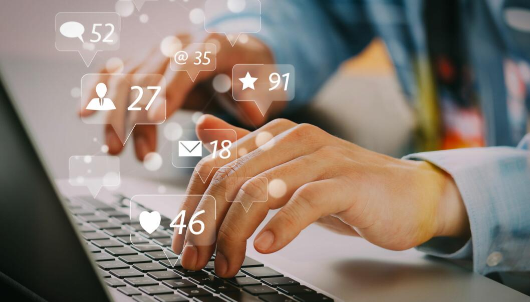 Språket i meldingene du legger inn på sosiale medier inneholder hint om hva som kommer til å skje i forholdet ditt, mener forskere.