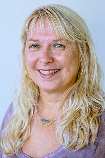 May Østby har drevet med inkluderende forskning i over ti år. Nå starter hun og Ole Magnus Oterhals opp et forskerkurs for personer med funksjonshemminger.