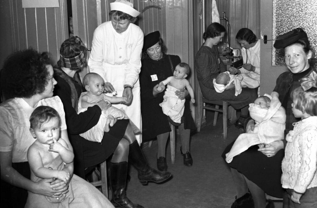 Sagene helsestasjon i Oslo, november 1945.
