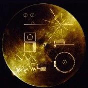 Om bord i Voyager 1 er ei gullplate med blant annet bilder og innspillinger av lyder og musikk fra Jorda. (Foto: NASA)
