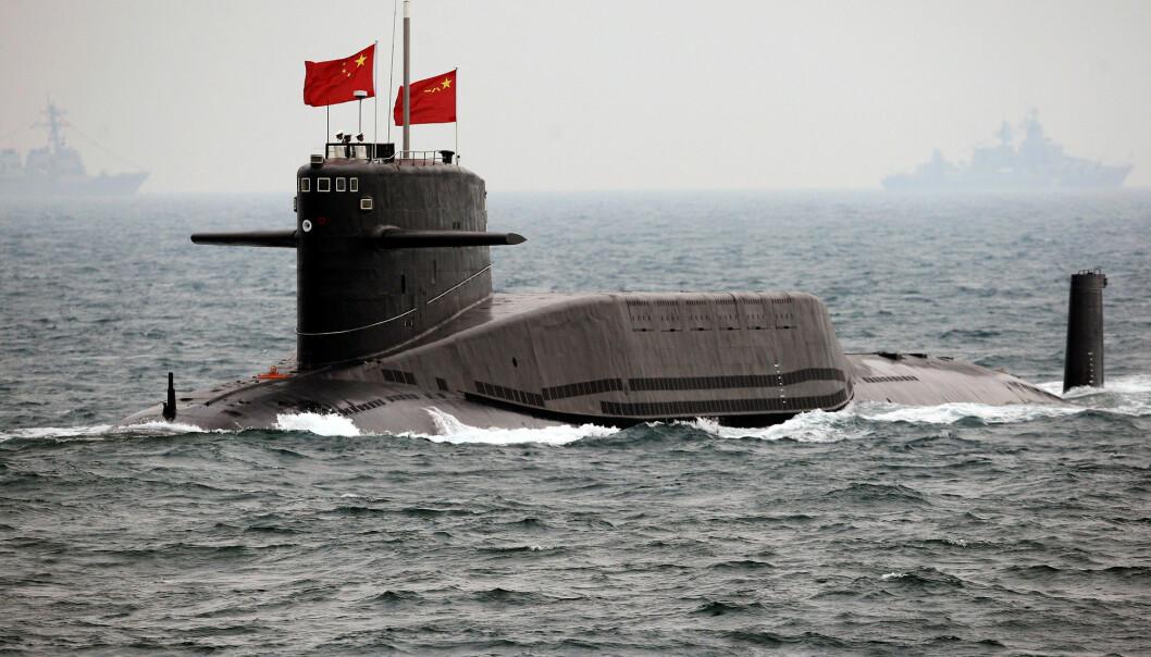 Kinesisk atomubåt under en øvelse.