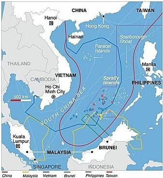 Kartet viser kravet Kina gjør på havområdet (rød linje) og de øvrige landenes krav. Spratley-øyene ligger i sentrum av Sør-Kina-havet og flere av de omkringliggende statene har okkupert hver sine øyer.