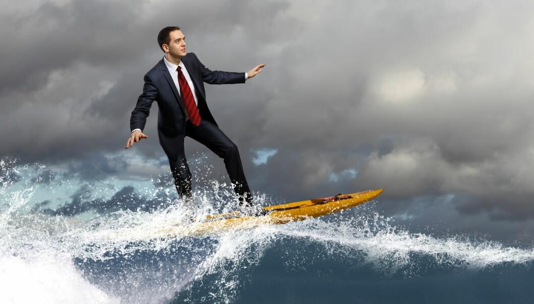 Å vise deg selvsikker kan bli ditt surfebrett i livet. Colourbox