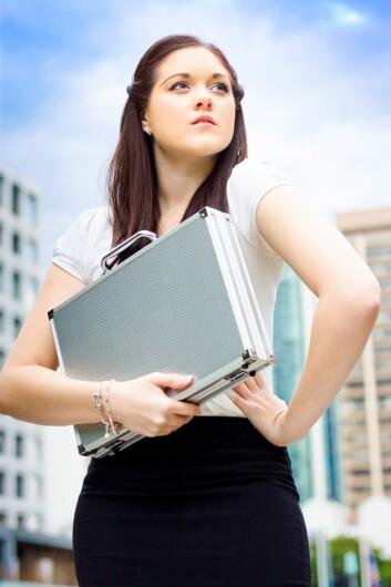 Det kan lønne seg å utvise selvtillit, men forskerne advarer arbeidsgivere om å tillegge det for mye vekt i ansettelser. (Foto: Colourbox)
