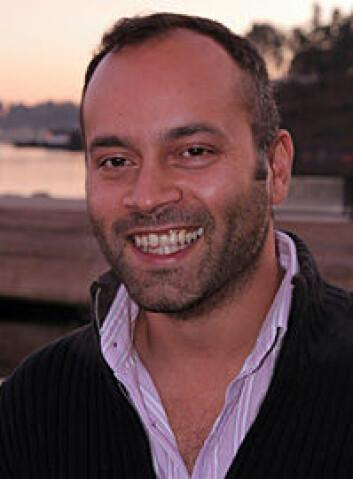 Jorge Fernandes jakter på gener som styrer vekst hos torsk. (Foto: Torkil Marsdal Hanssen)