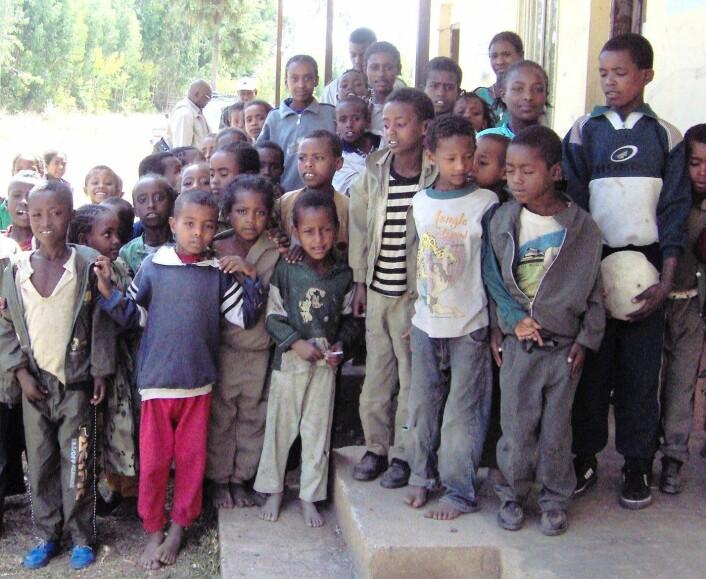 Det tar for lang tid å komme seg til de store, sentrale skolene i Etiopia. (Foto: Karl Jan Solstad)