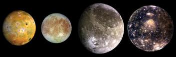 Jupiters store måner, fra venstre: Io, Europa, Ganymede og Callisto. (Foto: NASA)