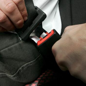 I 1985 ble det påbudt å bruke bilbelte i både for- og baksete i norske personbiler. (Foto: Colourbox.no)
