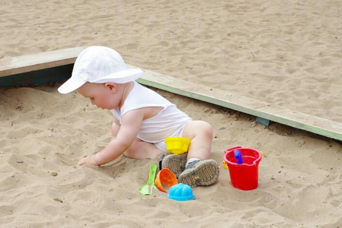 Ni måneder gamle spedbarn fanger opp uvennskapelige og vennskapelige relasjoner fra kroppsspråk, viser ny undersøkelse. (Foto: Ivolodina, NTB scanpix)