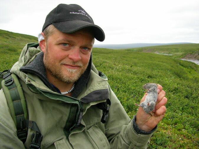 John-André Henden leder rypeforskningen i overvåkningsprogrammet COAT ved UiT - Norges arktiske universitet.