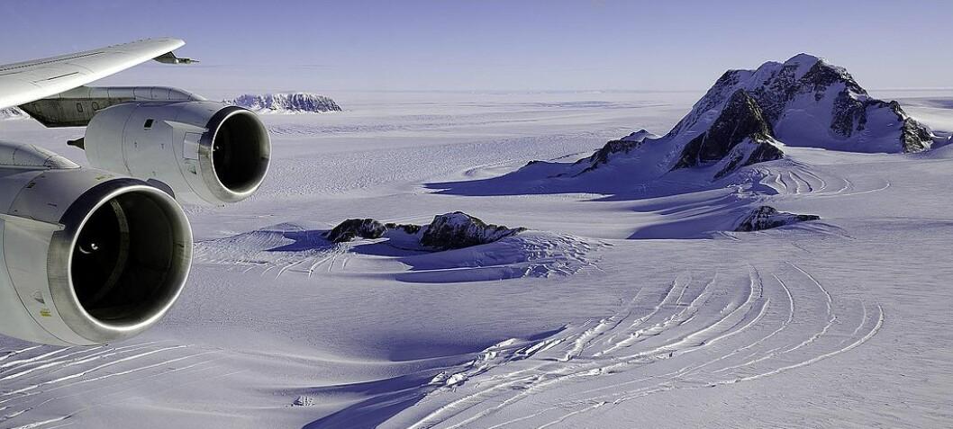 Hva gjemmer seg i innsjøene tusener av meter under isen i Antarktis?