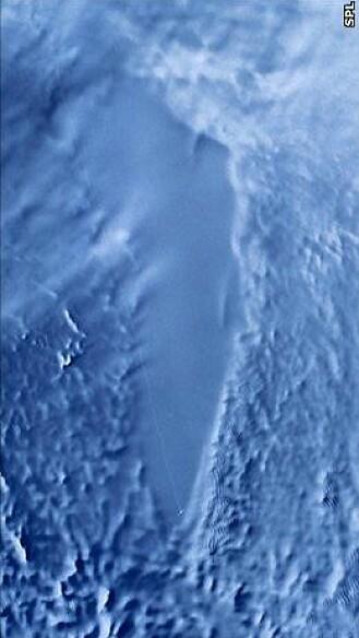 Omrisset av digre Vostok-sjøen sett fra satelitt. Innsjøen er tusenvis av meter under isen, og er 250 kilometer lang.