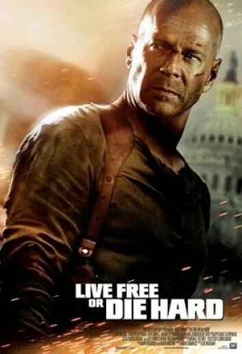 Politimannen John McClane, spilt av Bruce Willis, overvinner cyber-terrorister i Die Hard 4.0 (amerikansk tittel: Live Free or Die Hard). (Foto: 20th Century Fox)