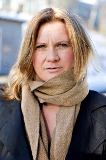 – Mange kobler seg på en stemning på Facebook gjennom statusoppdateringene, men det er ikke sikkert at vi føler det slik vi skriver, sier Gunn Enli, medieforsker ved Universitetet i Oslo. (Foto: Eivind Griffith Brænde/VG)