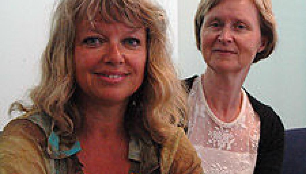 """""""Stipendiat Linn-Heidi Lunde er i gang med et prosjekt rettet mot eldre kroniske smertepasienter. Hun tror kognitiv adferdsterapi kan hjelpe mange eldre. Professor Inger Hilde Nordhus er veileder."""""""