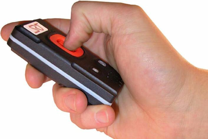 Dette er GPS-enheten demenspasientene ble utstyrt med i studien. (Foto: HIG)