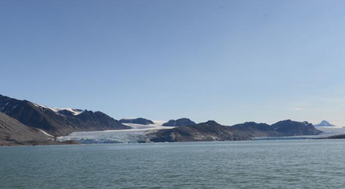 Kongsbrebukta er eit av dei nye namna i Kongsfjorden.