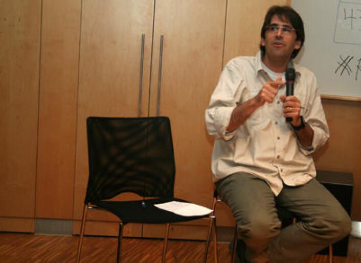 Tasso Azevedo er tidligere skogsjef i Brasil og var helt sentral da Amazonasfondet ble opprettet. Norge har lovet seks milliarder kroner til fondet. (Foto: Asle Rønning)