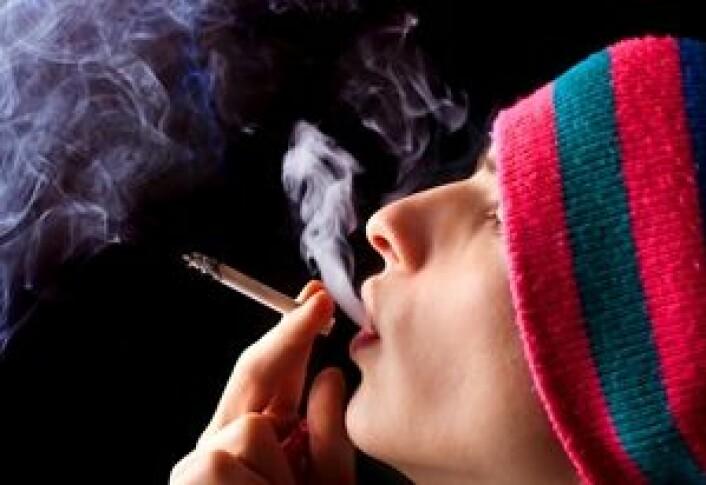 Rundt en av ti i en fersk studie røyker jevnlig hasj. (Foto: Shutterstock)
