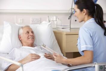 Ifølge sykepleieteorien er det å snakke åpent den beste måten å mestre sykdom på. Men særlig menn har ofte andre måter å håndtere sykdom på. (Illustrasjonsfoto: www.colourbox.com)