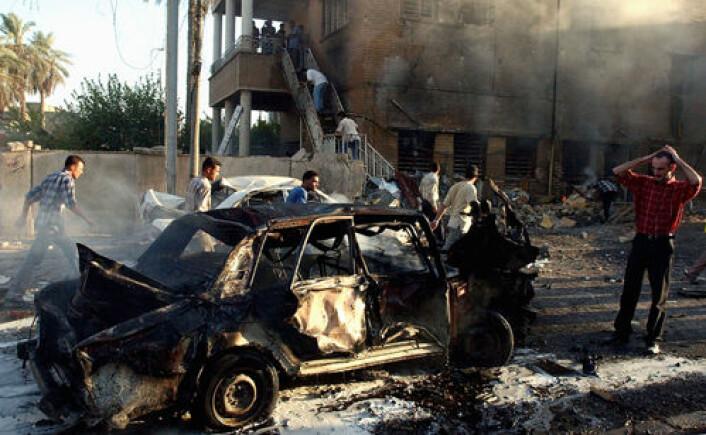 Antall døde i Irak som følge av den USA-ledede invasjonen er nærmere en halv million mennesker, sier ny studie. Bildet viser ødeleggelser etter en bilbombe utenfor en kirke i Bagdad i 2004. (Foto: iStockphoto)