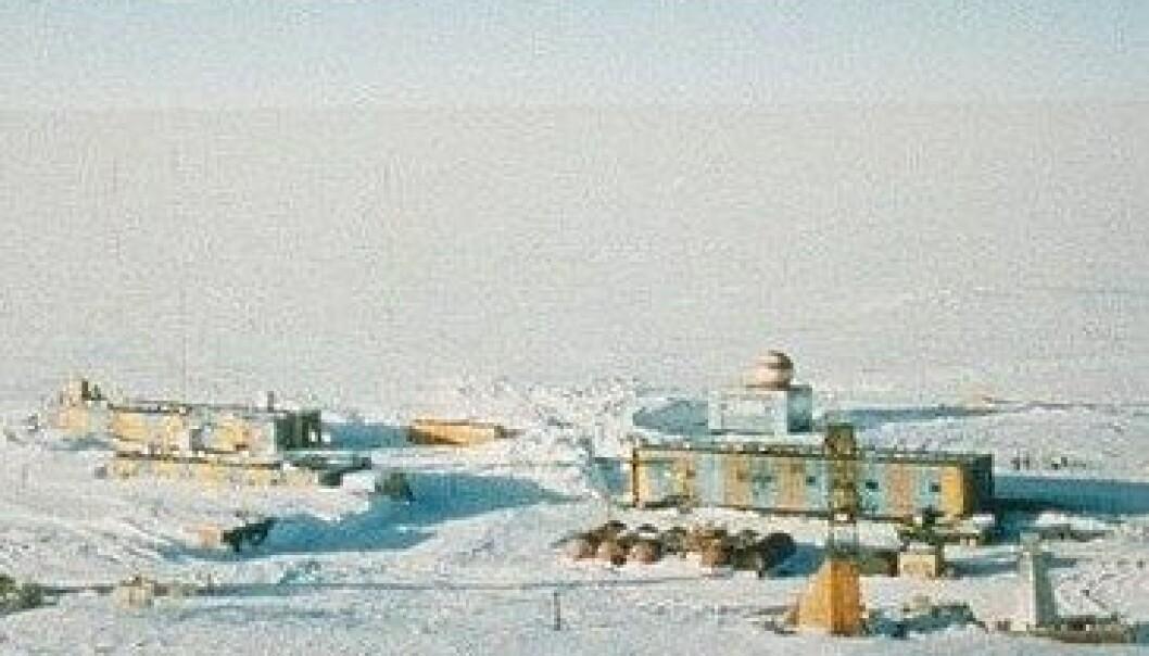 Innsjø under isen syder av liv