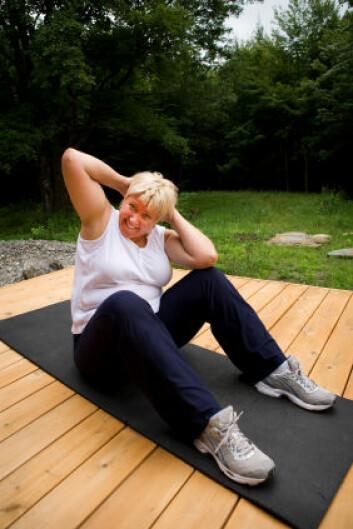 Moderat overvektige får ikke mer ut av å trene 60 minutter noen ganger i uken mer enn 30 minutter, viser en ny undersøkelse. (Foto: Istockphoto)