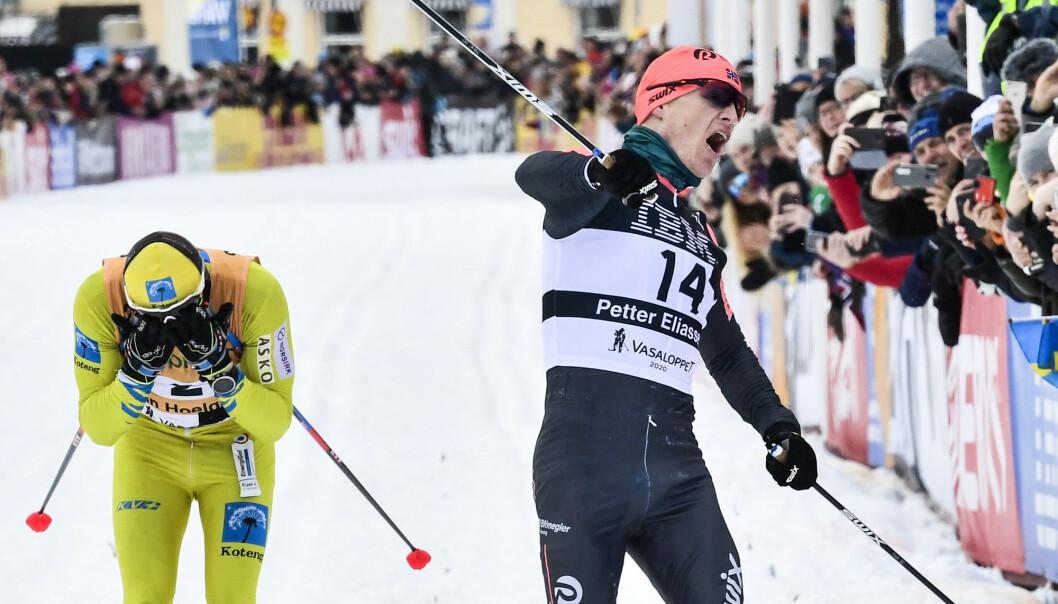 Norske Petter Eliassen vant herreklassen i Vasaloppet 2020 etter en spurt mot svenske Stian Hoelgaard.