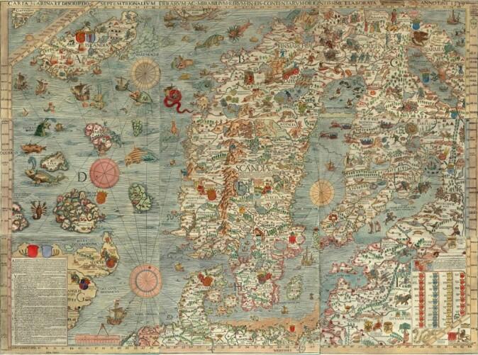 """Olaus Magnus sitt rikt illustrerte kart over de nordiske landene, <span class="""" italic"""" data-lab-italic_desktop=""""italic"""">Carta Marina</span>, er overdådig illustrert med vesener og forestillinger fra folkeliv og folketro."""