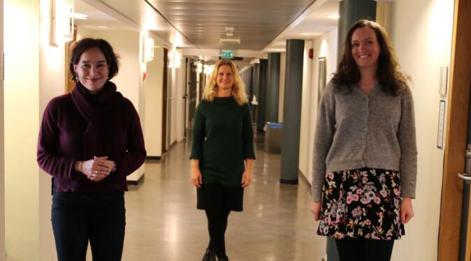 Marte Blikstad-Balas forsker på lesing og bruk av internett i undervisning, mens Kari Spjeldnæs har nettopp gitt ut bok om å lese. De deler oppdatert forskning og svarer på Gunn Enlis bekymringer.