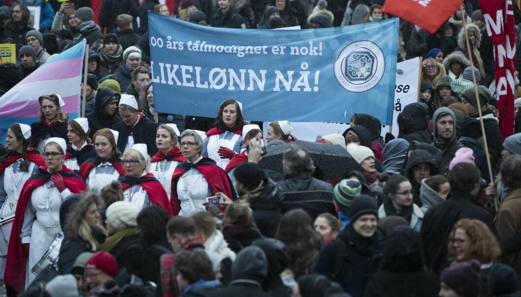 I år etter år har kvinner marsjert i 8. mars-tog med krav om likelønn. Nå kan koronakrisen ha satt kampen mange år tilbake.