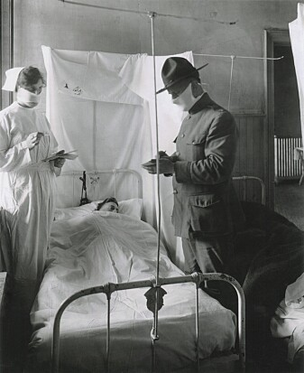 Masks are not a new measure. They were also used during the Spanish flu a hundred years ago. This photo was taken at an American field hospital in November 1918.