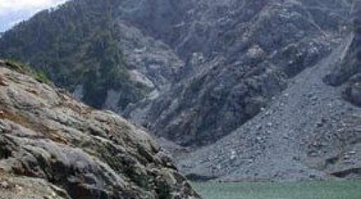 Fjellskred raserer fjordbunnen