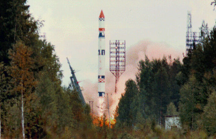 Ukarinsk Tsyklon-3-rakett skytes opp fra Plesetsk romhavn, 15. august 1991. (Foto: NASA)