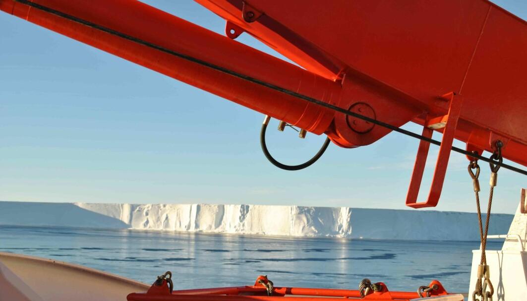 Isfjellet A74 er på størrelse med Los Angeles.