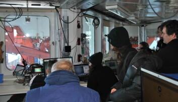 OFOBS-laget sine skjermer viser direktevideo fra havbunnen under oss, og dro større publikum enn vanlig.