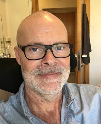 Tor Arne Veie forteller at de som er dømt til tvungen omsorg har helse- og omsorgspersonell rundt seg hele tiden.