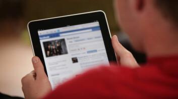 Bruker du Facebook så ofte at det går ut over jobben, blir du rastløs hvis du ikke får sjekket nyhetsstrømmen ofte nok, eller har du forsøkt å kutte ned på bruken uten å lykkes? Da kan du ha et begynnende avhengighetsproblem.(Illustrasjonsfoto: Colourbox)
