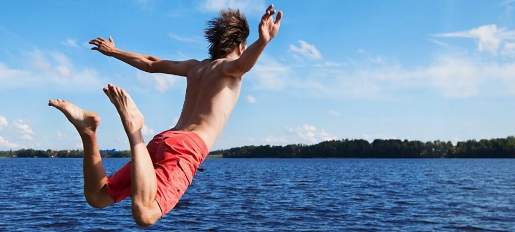 Vi må lære å svømme ute, ikke i basseng, mener forskere