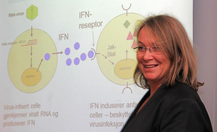 – Med kunnskapen vi nå har om laksens immunforsvar og ILA-virusets strategier kan vi skreddersy vaksiner til å framkalle de mest effektive forsvarsmekanismene, sier Siri Mjaaland. (Foto: Torkil Marsdal Hanssen)