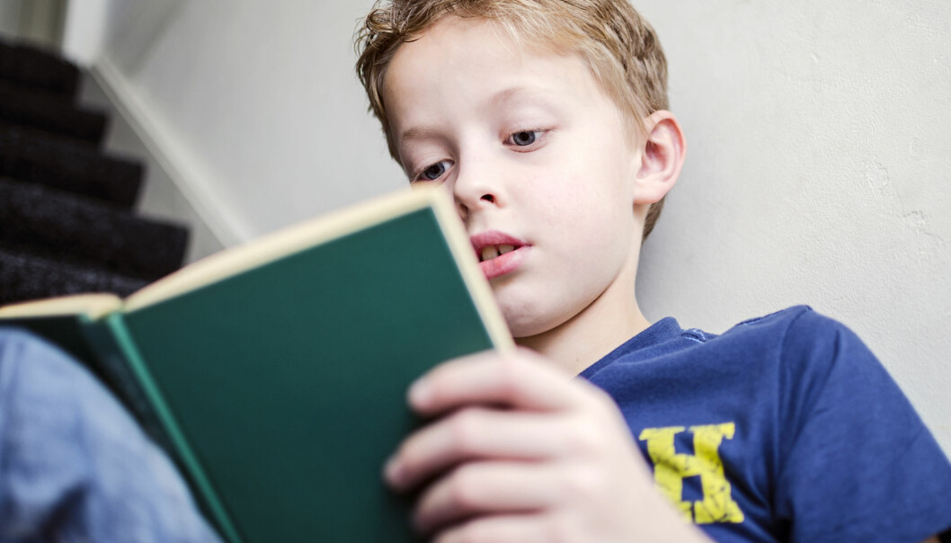 Leser du en lang fagtekst som inneholder massevis av informasjon, forstår du mer om du leser den på papir.